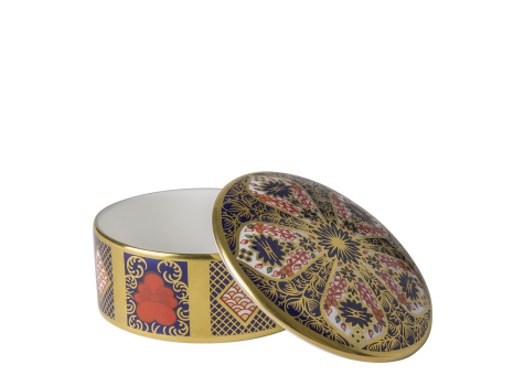 OLD IMARI SOLID GOLD BAND - ROUND TRINKET BOX