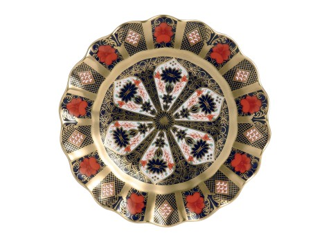 OLD IMARI SOLID GOLD BAND - FLUTED DESSERT PLATE