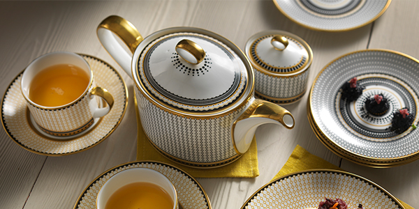 Oscillate Tableware - Royal Crown Derby