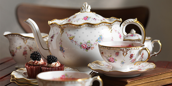 Royal Antoinette Tableware - Royal Crown Derby