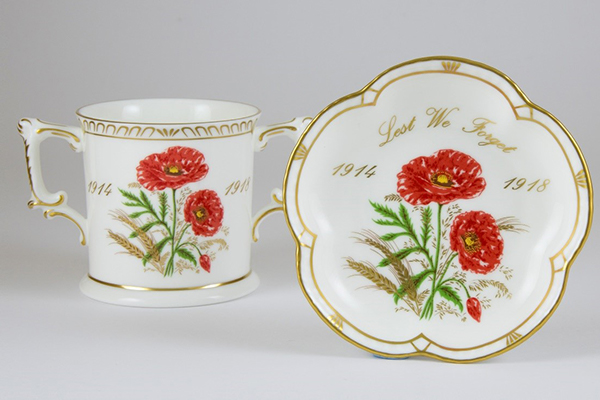 World War Remembrance collection - Royal Crown Derby